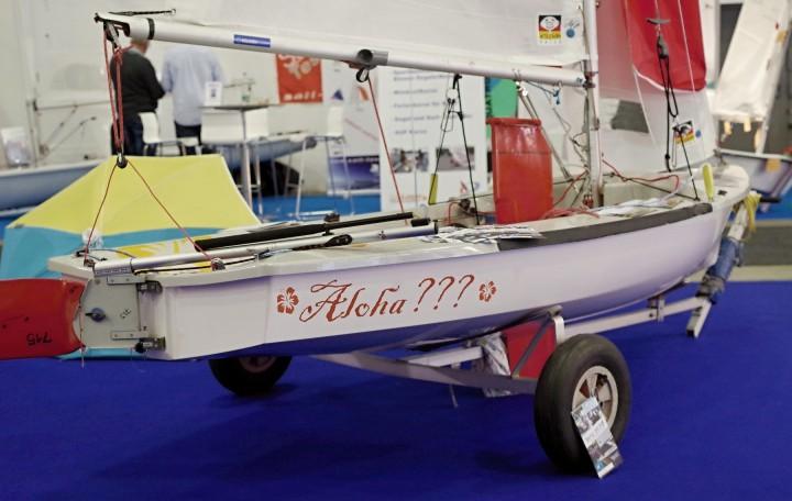 eeny – Das kleine Jüngstenboot sieht schon aus wie eine richtige Segeljolle! – Photo © SailingAnarchy.de 2015