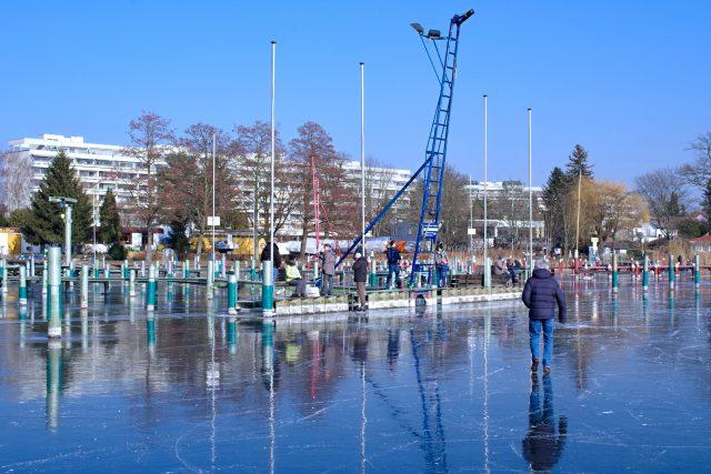 Spiegeleis auf der Scharfen Lanke - Photo © SailingAnarchy.de