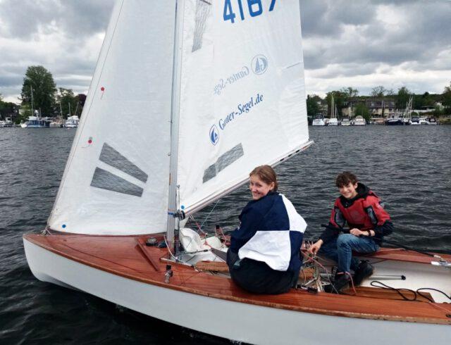 Max und Julia im SCG Pirat auf der Scharfen Lanke - Photo © H. Erdmann
